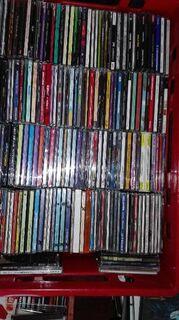 ca 750 Musik-CD`s + Filme und Hörbücher - Argenschwang