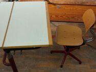 Kreativtisch höhenverstelltbar mit Stuhl. Schreibtisch Kinder Schule - Schwarzheide Zentrum