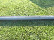 Dachrinne, Regenrinne 125er, 2 m Länge und 11 Fallrohrschellen mit Schlagstift - Ehra-Lessien