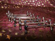 6 antike Jugendstil Messerbänke H.D.R. Metal Blanc / Knochenform / Besteckablage