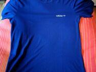 Adidas Trainingsshirt, dunkelblau XL - Kassel Nord-Holland