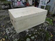 Antike Holzkiste / Kohlenkiste / Werkzeugkiste / Utensilienbox / Kleiderkiste - Zeuthen