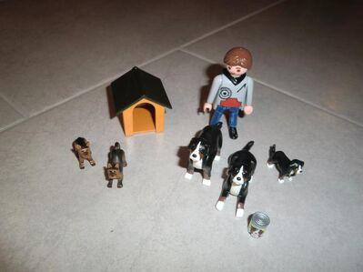 Playmobil Hunde und Herrchen zu verkaufen - Walsrode