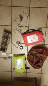 Modeschmuck, Handtaschen, Gildeclowns, Handys, Gartengeräte