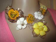 NEU mit Etikett* Rosen- Blüten * Flower- Power * Statement * Swarovski * Glitzer * Collier * Kette gold * - Riedlingen Zentrum