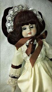 Puppe Porzellan/ Keramik braunhaarig 50ger Jahre - Leverkusen