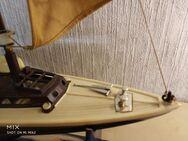 Kunststoffesegelboot