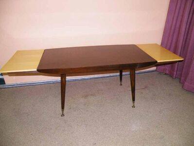Schöner Höhenverstellbarer Tisch Couchtisch A Markt