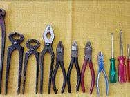 Werkzeuge Zangen Seitenschneider, Schraubendreher  je 3Euro - Leverkusen