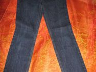 NEU * Sexy * klassisch * Röhren * Jeans- Hose ''GUESS'' Original * Gr. 34/ XS * 27 * blau * - Riedlingen
