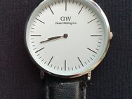 Daniel Wellington Armbanduhr Classic Sheffield - Remagen Zentrum