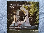 Strauss Family Waltzes Vol. 1 - LP - Ilsede