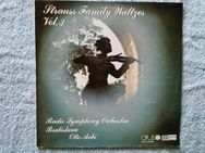 Johann Strauss Jr.– Strauss Family Waltzes Vol. 3 - LP - Ilsede