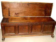 Original antike Truhe von 1724 - Hamburg