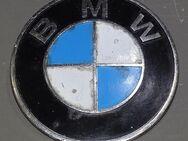 BMW 02 E10  Emblem 18015608  70mm erste Serie Heckblech - Spraitbach