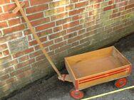 Alter kleiner Bollerwagen, ca. 50 Jahre alt, unverbastelt - Flensburg