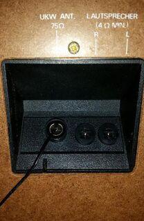 Kompaktanlage Universum ohne Lautsprecher an Bastler - Verden (Aller)