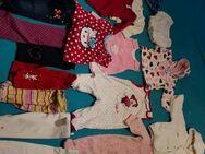 Baby Kleidung Größe 68 - Königsbach-Stein