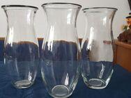 3 Glas Vasen im Set. Maße, siehe Fotos - Kassel Brasselsberg