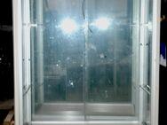 Glasvitrinen, beleuchtet, vielfach verwendbar 3 Stück vorhanden - Frankfurt (Main)
