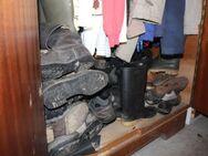Schuh-Entsorgung: sinnvolles ökologisches recyklen alter Schuhe - Bad Belzig