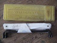 Gebrauchtes Warndreieck von Plastar für Kfz, K 23624, inkl. stabiler Verpackung aus Kunststoff, Verstärkung an Verbindung oben angebracht, 5 € - Unterleinleiter