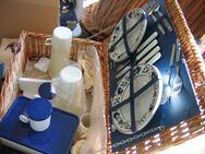 Picknickkorb Picknickkoffer für 4 Pers. Made in Great Britain neu - Celle