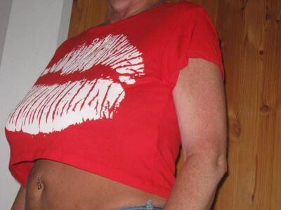 *** Sehr heisses bauchfreies Kussmund Shirt *** - Berlin Mitte
