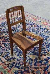 Jugendstil Stuhlgestell aus Nussbaum massiv / Stuhl zum Aufarbeiten - um 1917