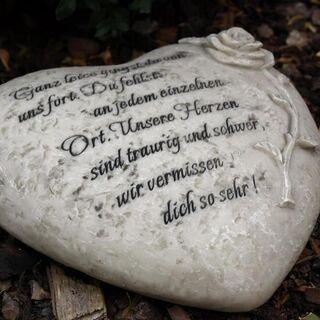 Herz Grabherzmit Inschrift und Rose. Ganz leise gingst du von uns fort - Uslar Zentrum