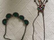 Eye-Catcher: 2 schöne ausgefallene Halsketten Modeschmuck - Bonn