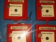 Rauchabzugstaster Rot a.P. Metall gebraucht RWA-Taster - Berlin Friedrichshain-Kreuzberg