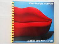Vegesack, Alexander von. Vitra Design Museum, Möbel aus Kunststoff. - Königsbach-Stein