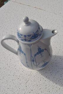 KAHLA Porzellan Kaffeekanne / schöne Kanne MADE IN GDR - Zeuthen