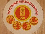 VEB Getränkekombinat Schwerin GS Bierdeckel BD DDR - Nürnberg