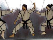 Fensterbild aus Tiffanyglas Karate