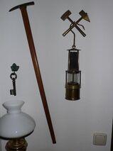 Steigerpickel und Schlagwetterlampe Kohlegruben Steigerausrüstung
